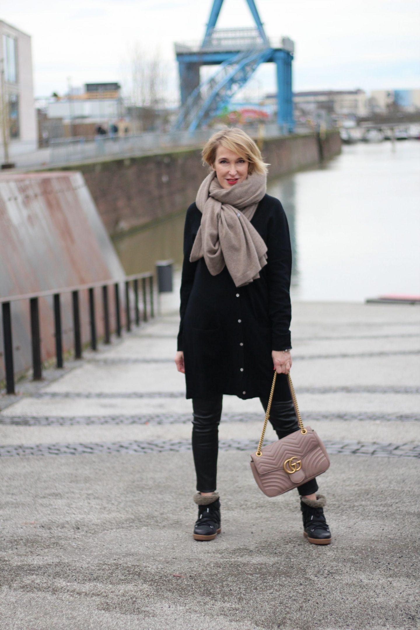 glamupyourlifestyle leo-mantel leo-print kaschmir-pullover fairtrade-cashmere edelziege isabel-marant-boots