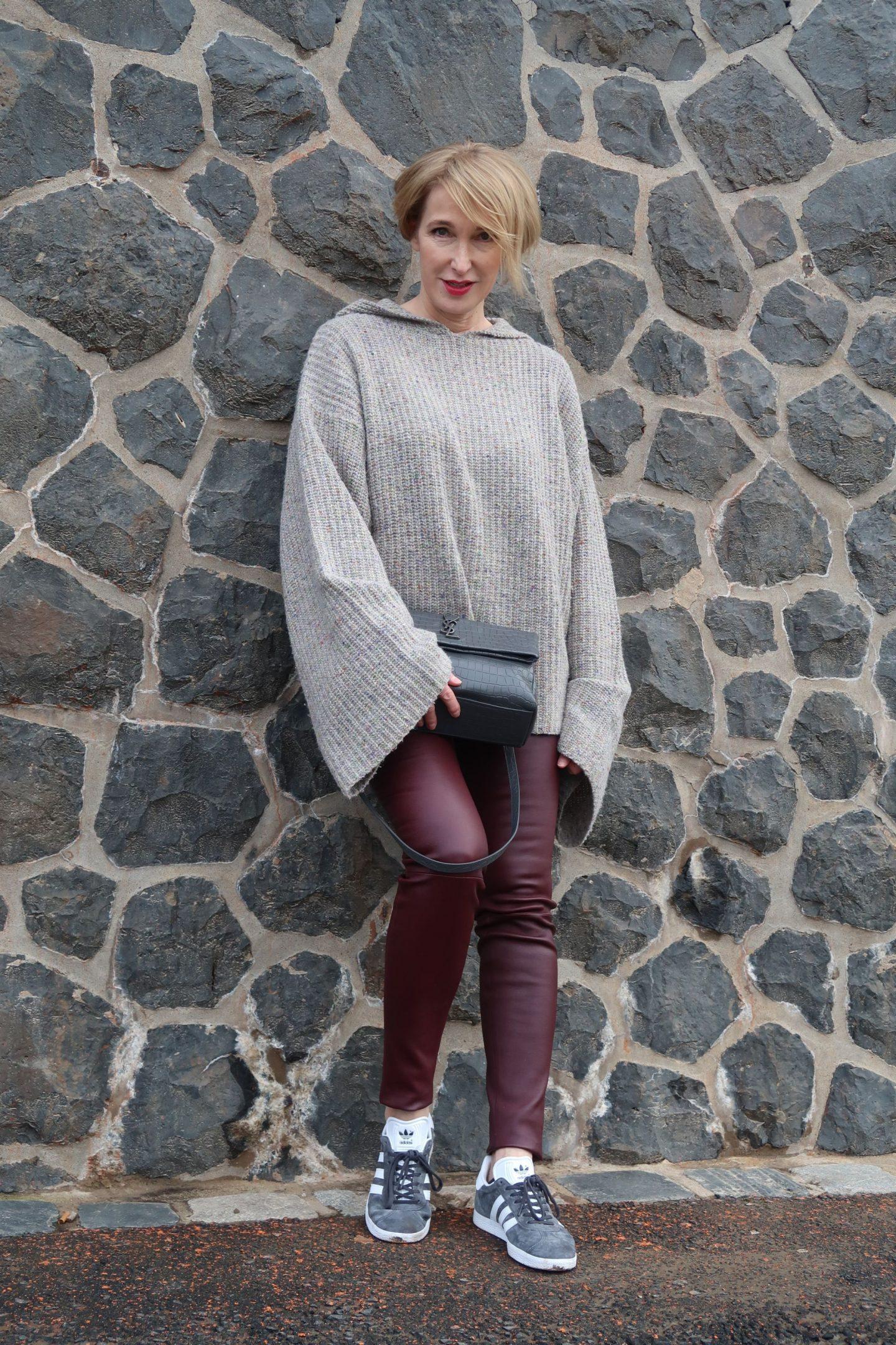 Oversize-Pullover mit Statement-Ärmeln