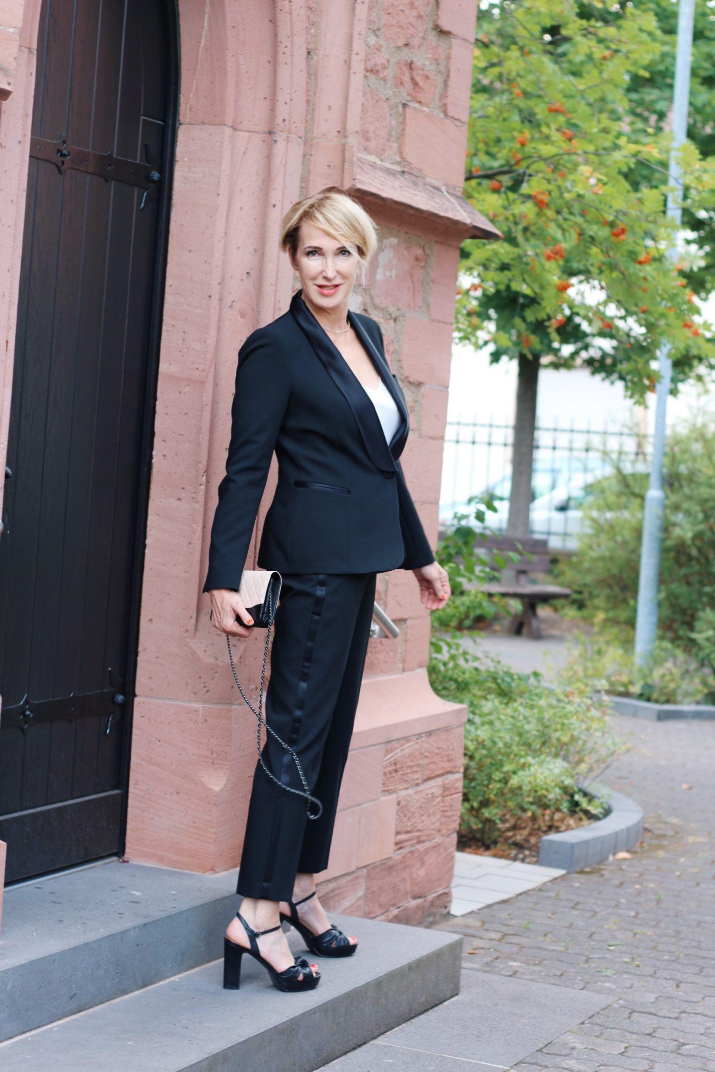 Smoking - der besondere Anzug für die Frau - Glam up your Lifestyle