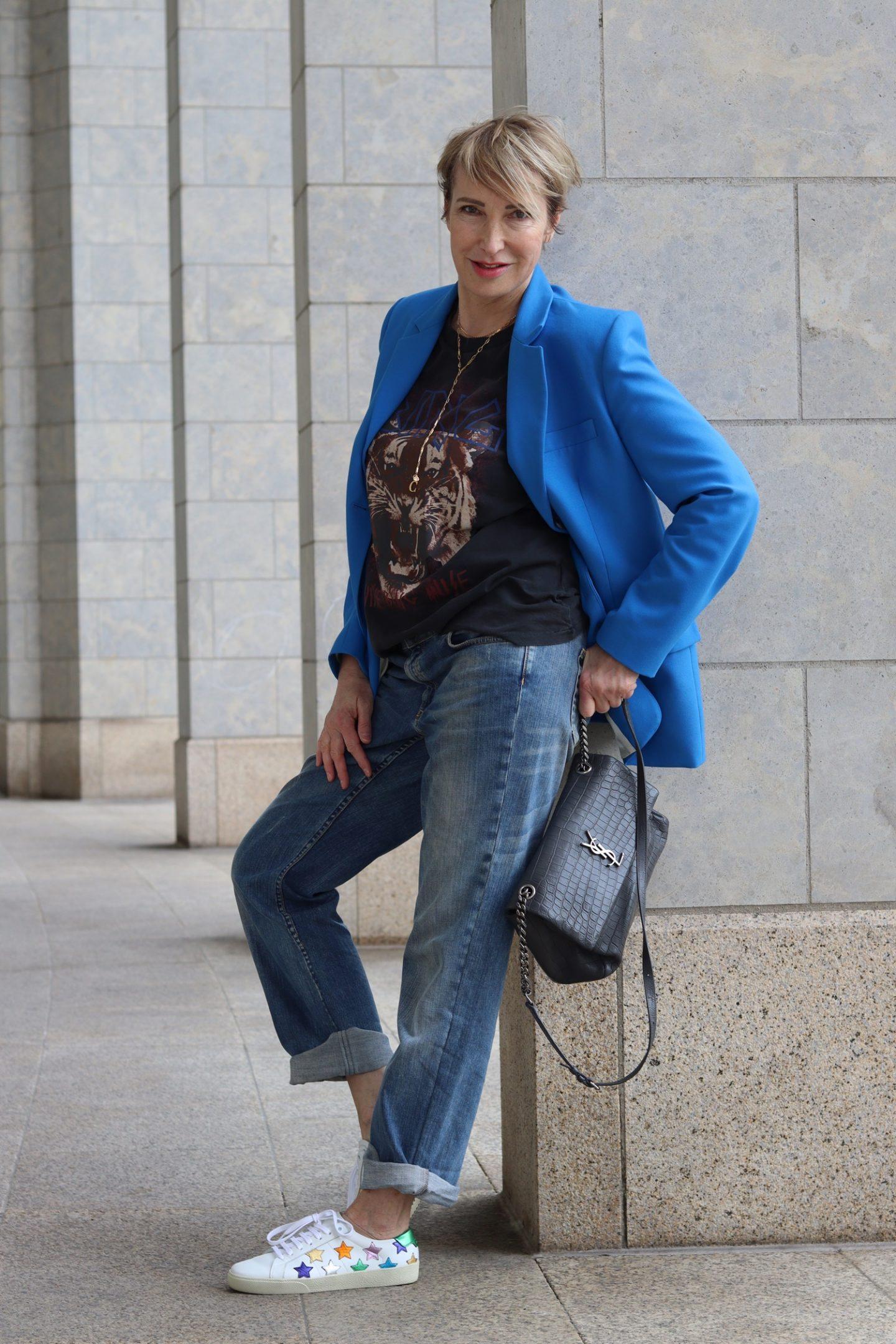Aus alt mach neu – wie style ich eine alte Jeanshose trendig?